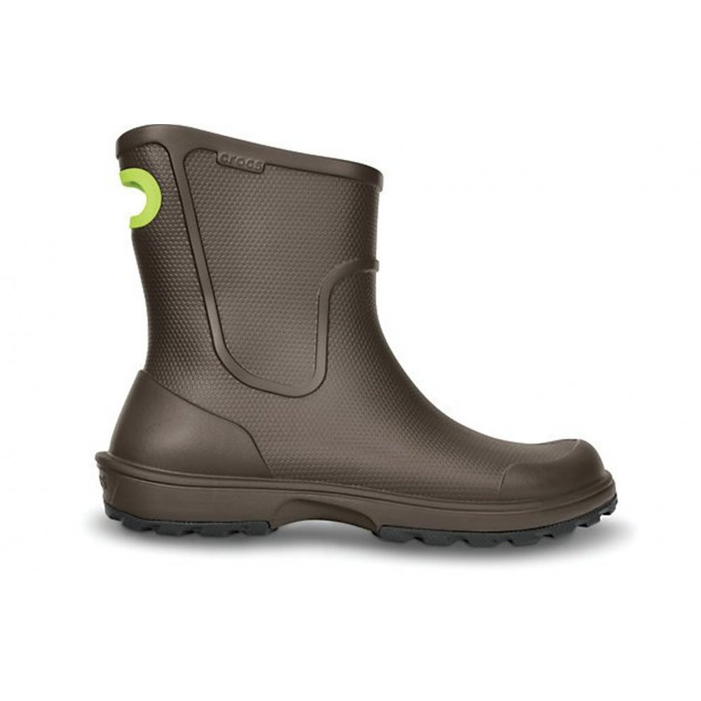 Like the name says, these Crocs™ Kids' rain boots can definitely handle it. Whether that's traversing mud puddles or battling a downpour, these waterproof boots offer protection from the elements.