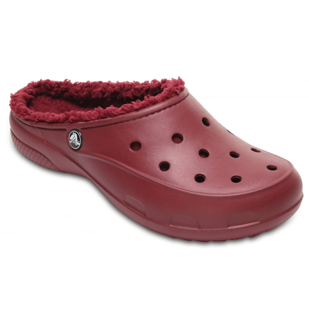 Crocs Freesail Plush lined Garnet (UX1) 203570-612 Ladies Shoes / Clogs ...